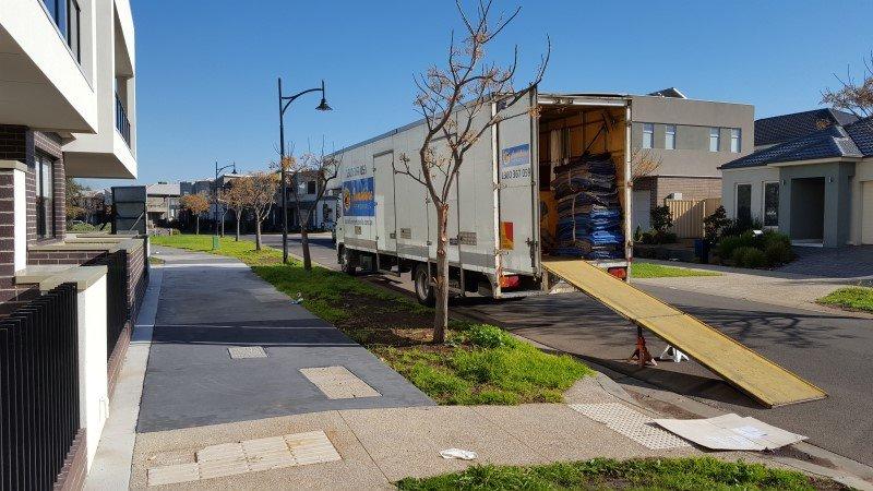 Truck unloading melbourne furniture removalists