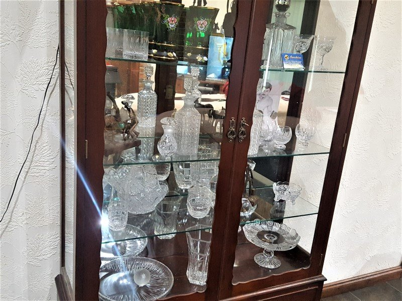 Crystal by Melbourne house packing removalists.