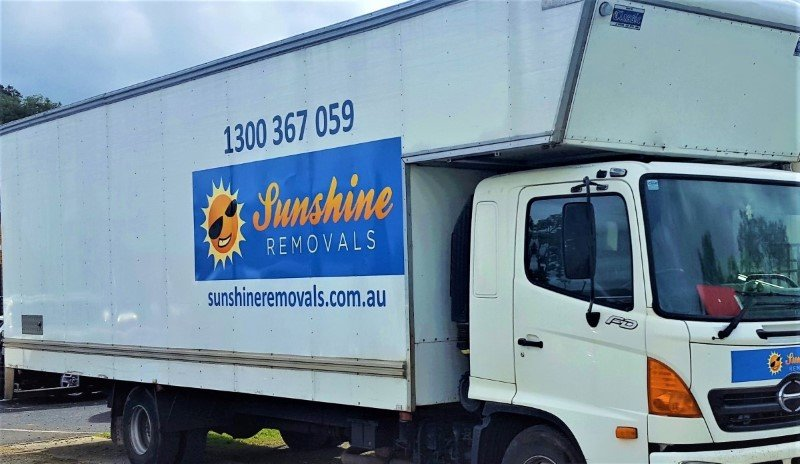 Furniture removalists Keilor Truck with logo and number.
