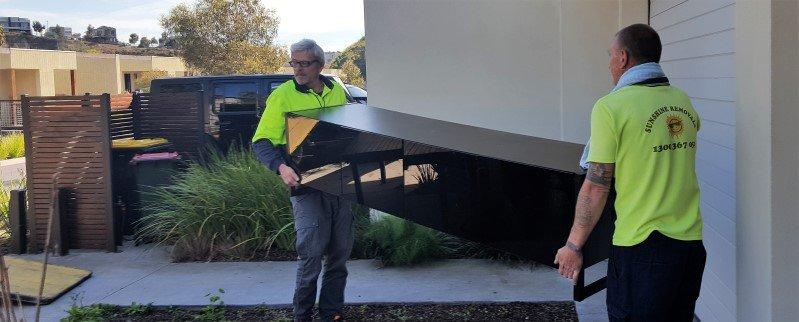 2 men moving house Melbourne checklist.