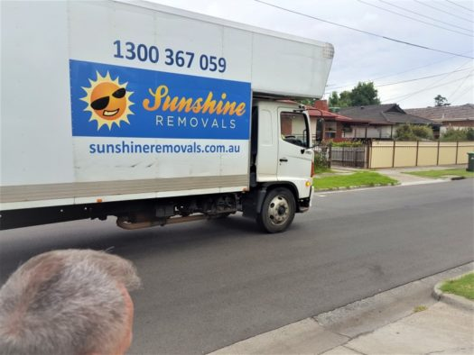 Photo taken of removalists Melbourne eastern suburbs in residential area.