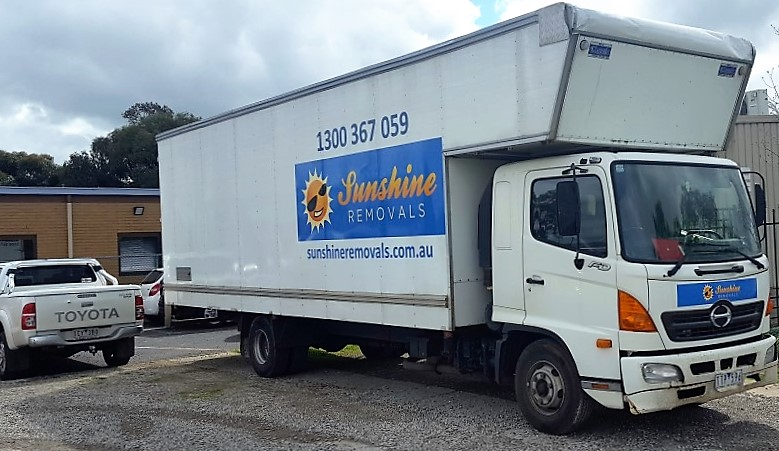 Removals Western Suburbs Melbourne - Movers in Western Suburbs truck at a job.